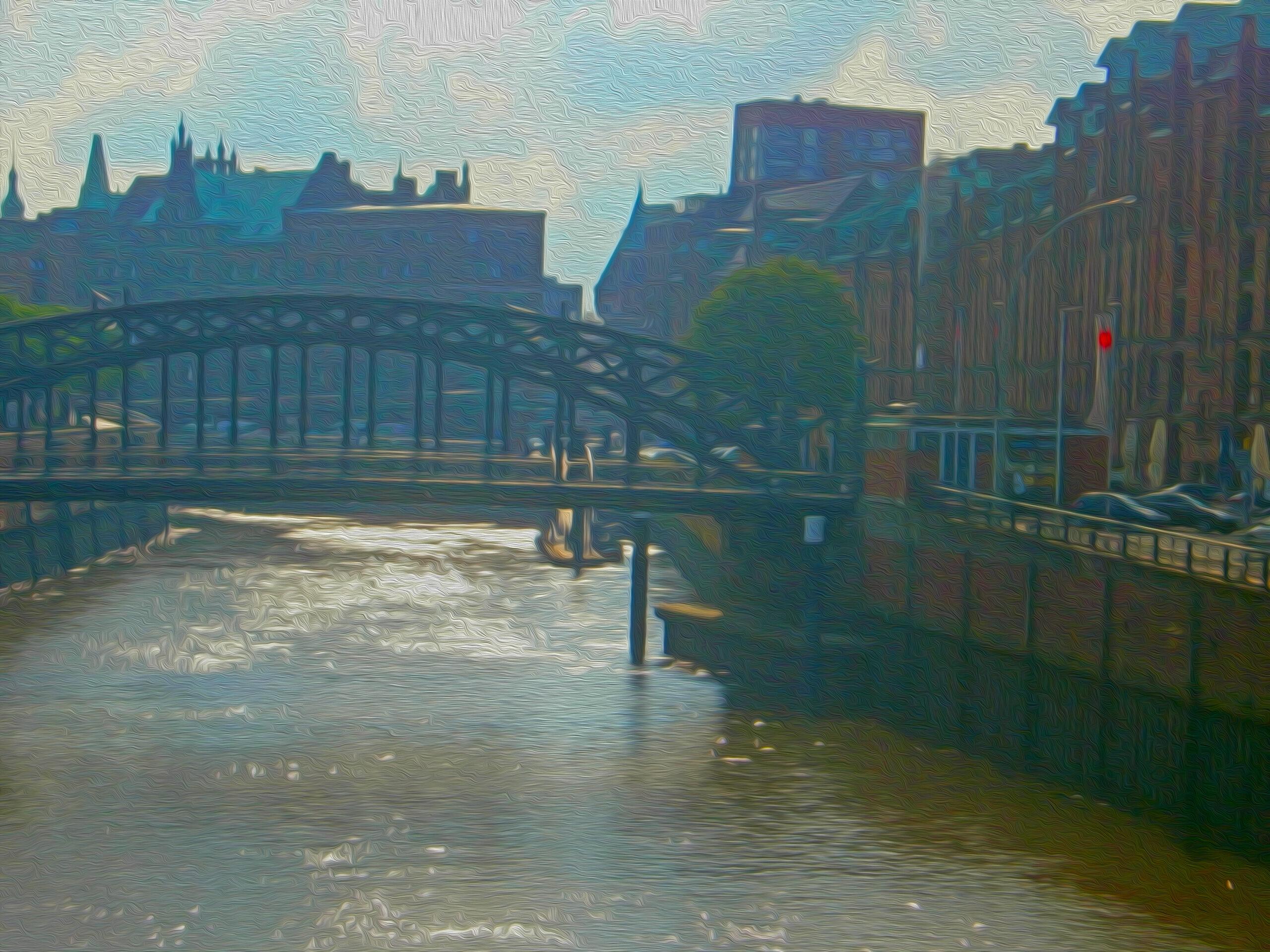 Havnerundfart gennem Hamborgs kanaler